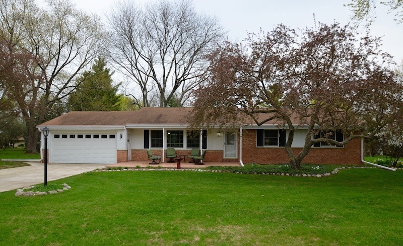16155 Smith Dr Brookfield, WI 53005