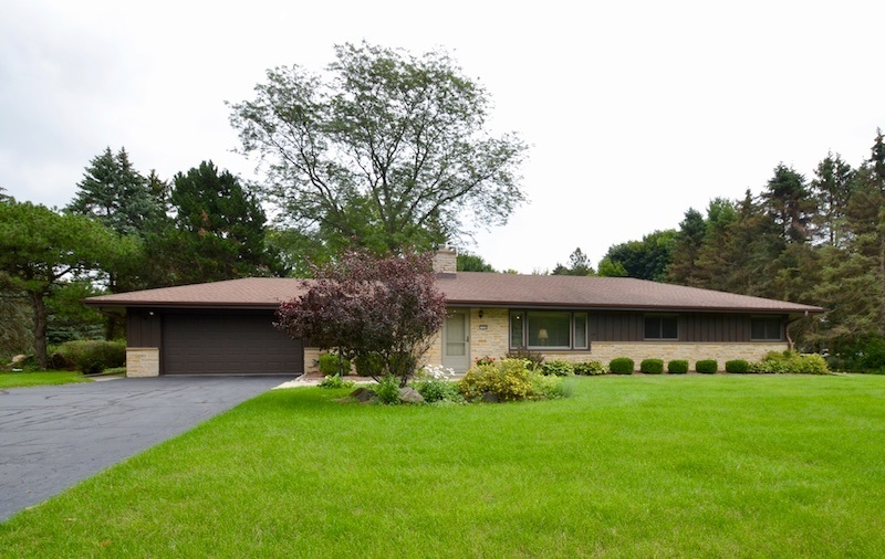 1550 Lookout Ln Brookfield, WI 53045
